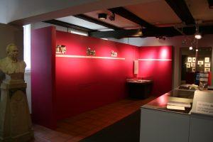 Barbara-Ausstellung_Foyer_46